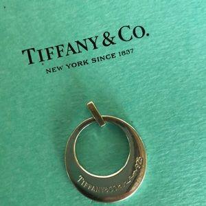 Tiffany & Co. Paloma Picasso charm 💙